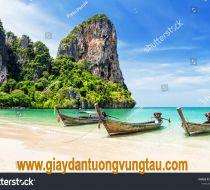 stock-photo-thai-traditional-wooden-longtail-boat-and-beautiful-sand-railay-beach-in-krabi-province-ao-nang-1291054312